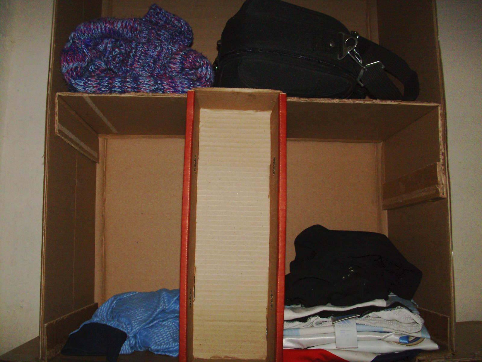 Como realizar un armario de carton notas la biogu a for Como reciclar un placard
