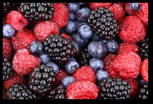 Tratamente naturiste cu fragi si zmeura