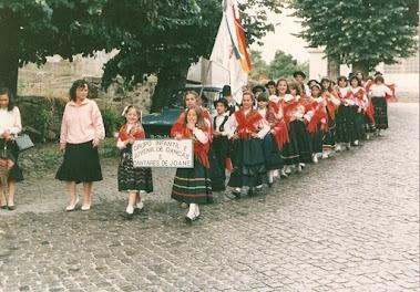 Desfile por Joane do Grupo com apenas 5 anos de Existência