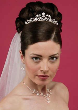 Best Hairstyles For Oval Faces 2013 Prom Updo Hairstyles For Long Hair