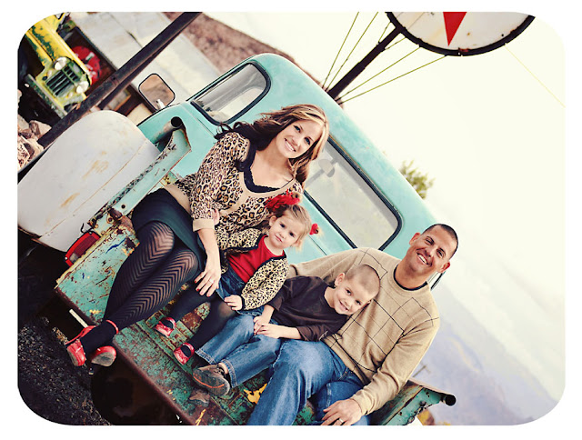 Las Vegas Family Photographer | Las Vegas Family Photos | Las Vegas Child Photographer | Nelsons Landing Photos | Nelsons Landing Photographer | Nelson Nevada Photographer | Family Photos | Family Picture Poses