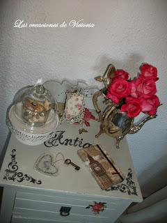 Las creaciones de Victoria. Decoupage en muebles. Restauración de mesita de noche.