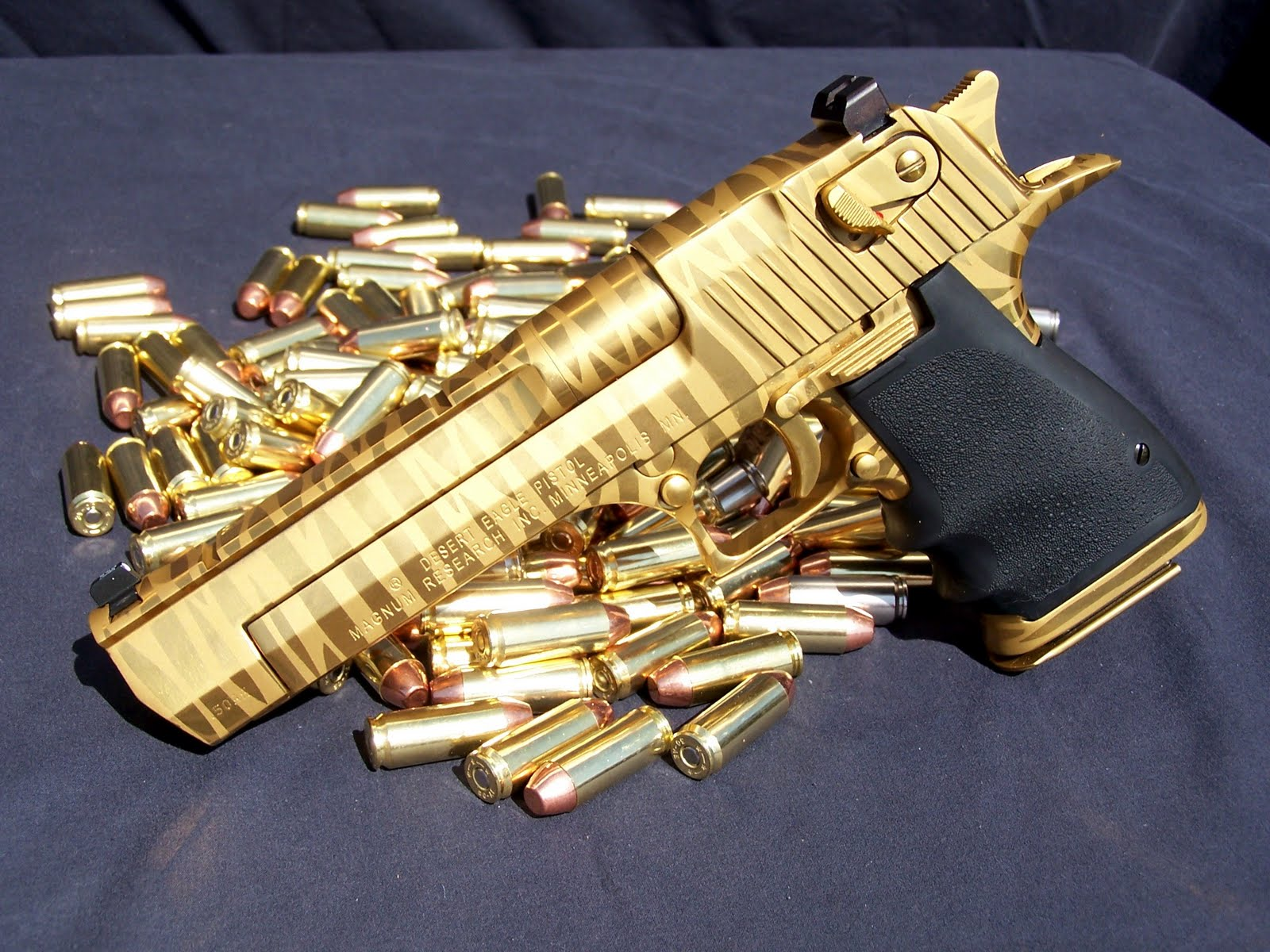 Magnum Desert Eagle HD Wallpapers ~ Military WallBase