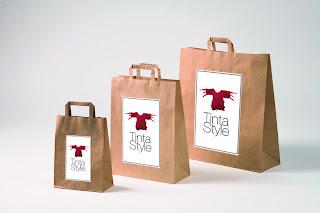Bolsas o embalajes de papel kraft, economica, bonita para boutique Tinta Style imagen de marca tienda ropa mujer camisetas y moda