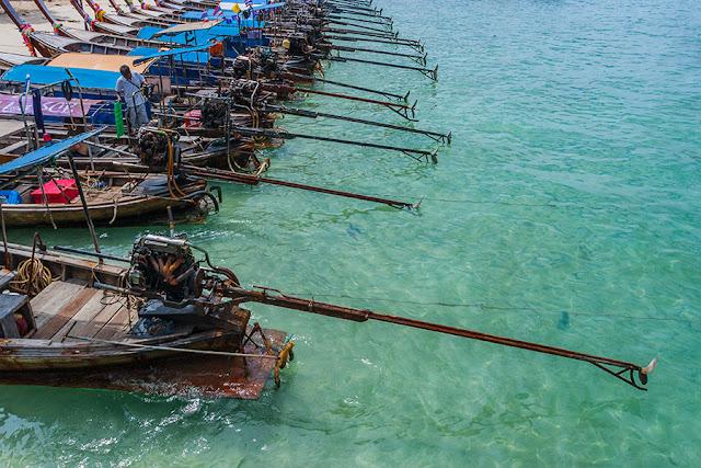 Tajlandia - Łodzie transportowe