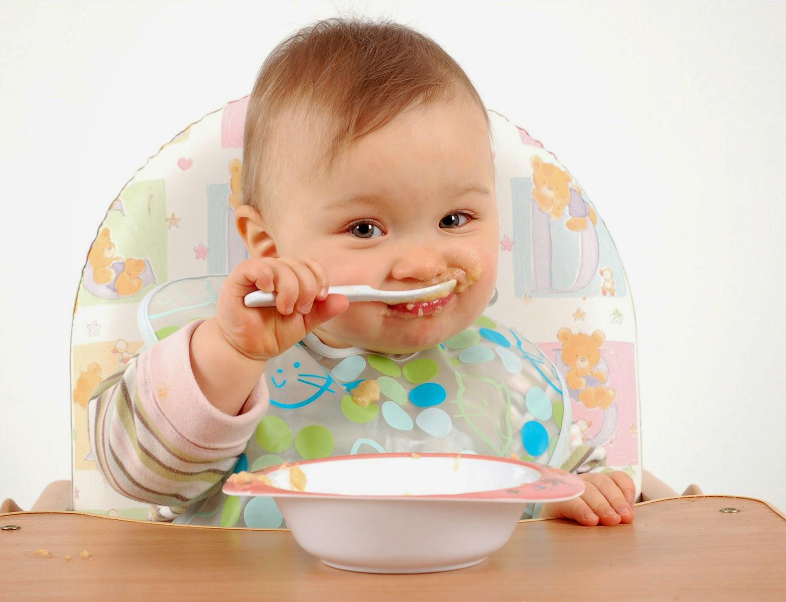 Gambar bayi lucu dan sehat
