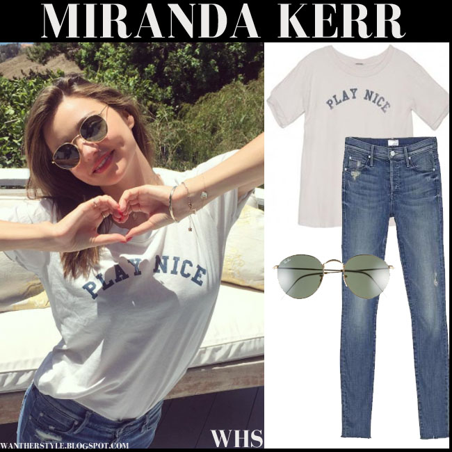 Miranda Kerr in Play Nice Mother t-shirt, round green Ray Ban sunglasses and skinny Mother jeans what she wore august 11