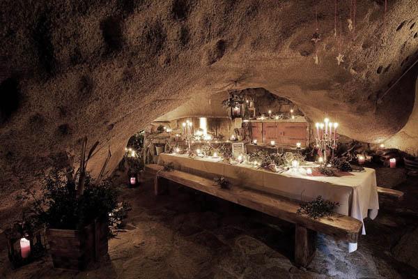 Mesa montada restaurant gruta_Corsega
