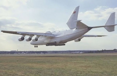 Giant Ukrainian Airplane Antonov An-225 Seen On www.coolpicturegallery.us