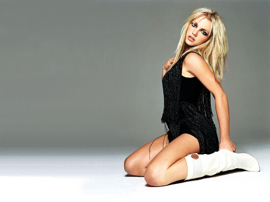 Britney Spears Wallpaper-11
