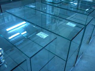 foto de aparador de vidro