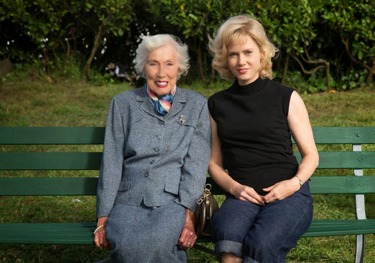 Amy Adams and the real Margaret Keane.