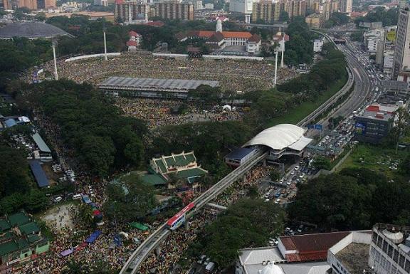 Bila polis tidak kacau, Perhimpunan Kebangkitan Rakyat berjalan lancar!