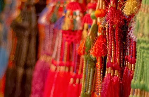 India Shopping Oozes Couture
