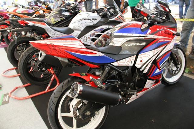 gambar-kumpulan-modifikasi-kawasaki-motor-kontes-2012-2.jpg