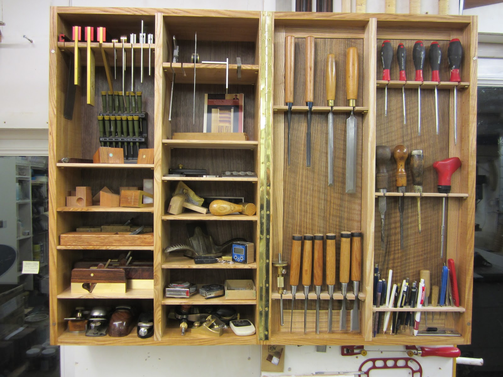 1000 images about woodworking tool cabinet wall on for Wood craft shelves