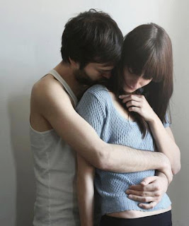 boy hugging girl from back Display picture for facebook