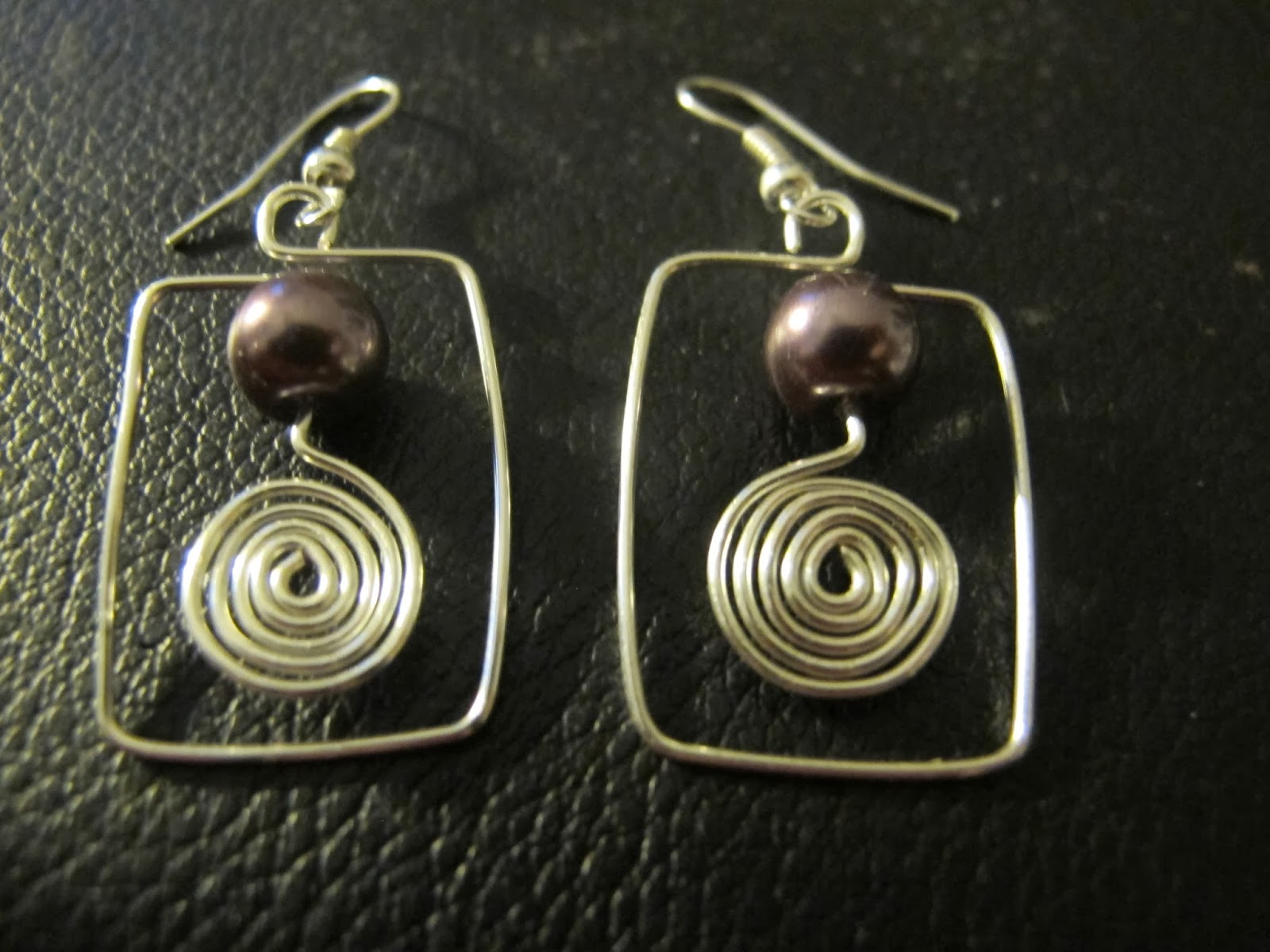 Naomi\'s Designs: Handmade Wire Jewelry: New Funky Wire Wrapped ...