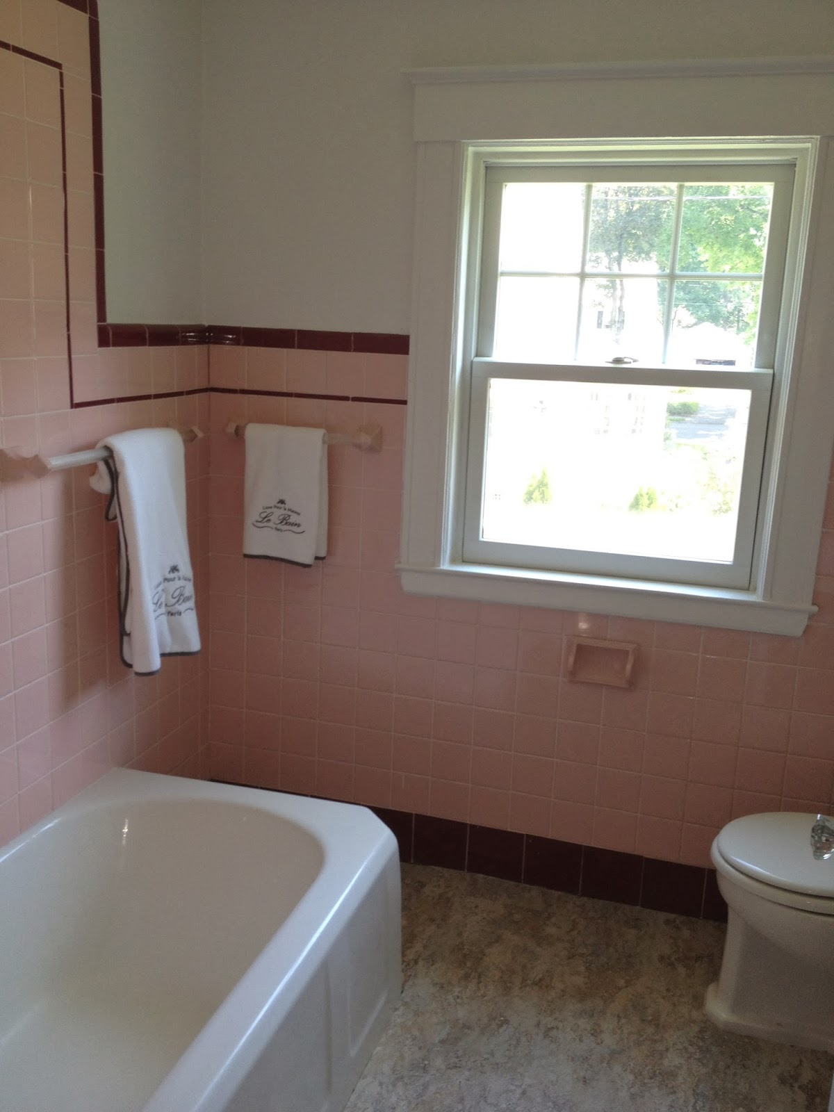 graceful belly: our barbie pink bathroom - quick fix