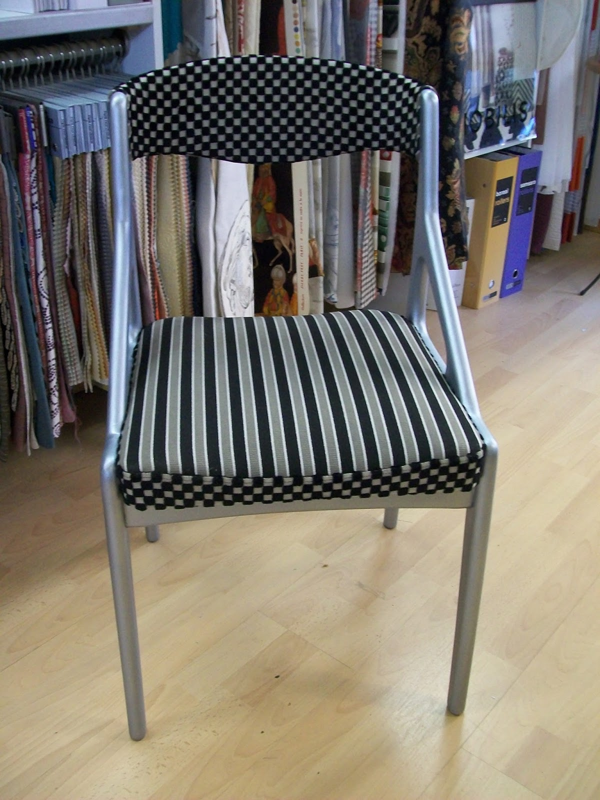 l 39 chaise ann es 60 relooker. Black Bedroom Furniture Sets. Home Design Ideas