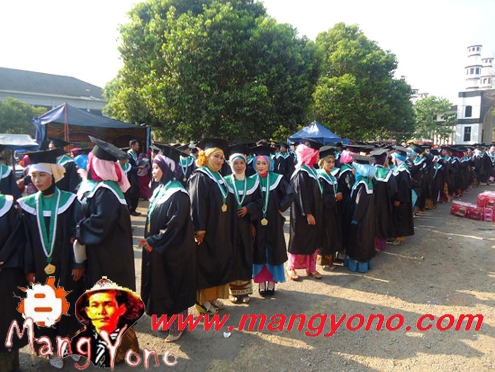 Mahasiswa dan Mahasiswi  STAI  RIYADHUL JANNAH Subang