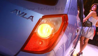 Mobil Ayla Daihatsu