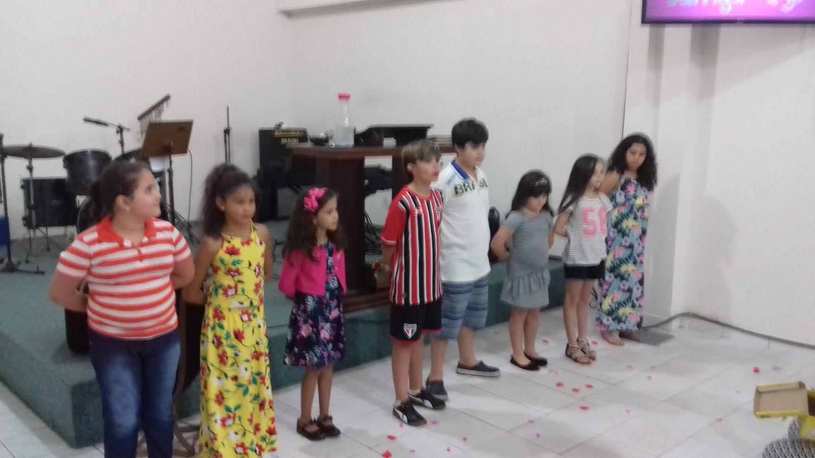 MINISTÉRIO DE CRIANÇAS E ADOLESCENTES