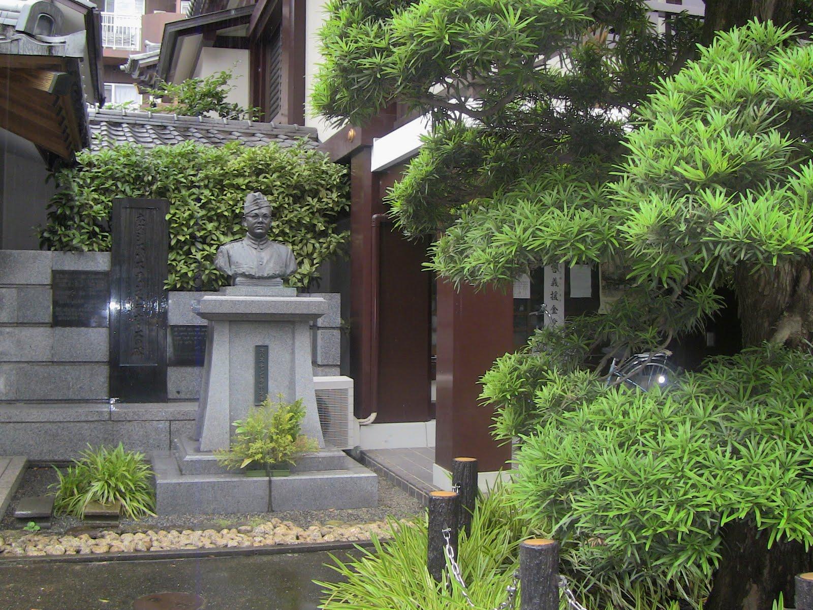 http://1.bp.blogspot.com/-DtpCyURHybU/ThlPZUXzf8I/AAAAAAAAHUE/CtrJsratnqw/s1600/IMG_0782.JPG