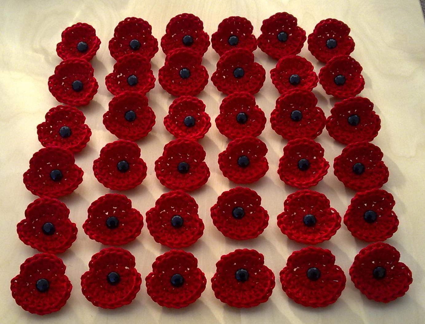 Cottage Crafts: Crocheted Remembrance Poppies 2011