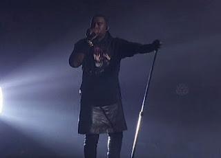 Rapper Kanye West, Kanye West skirt, gay kanye