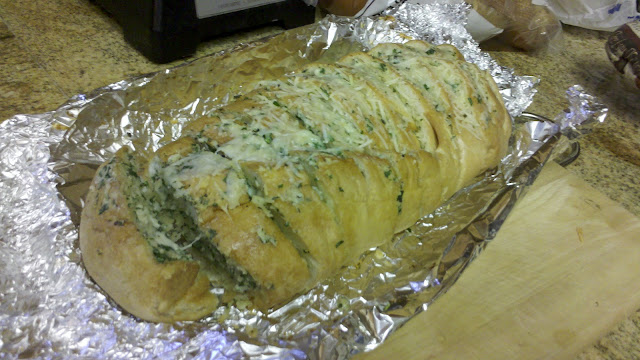 BabyBakes: Gorgonzola Garlic Bread