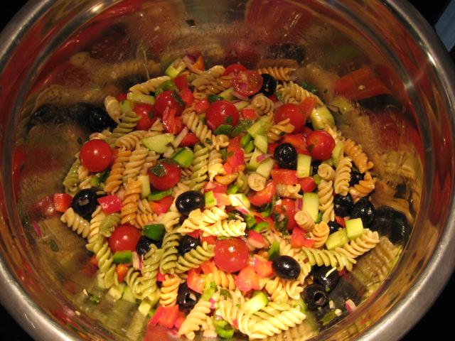 Retired in Delaware: Italian Dressing Garden Pasta Salad