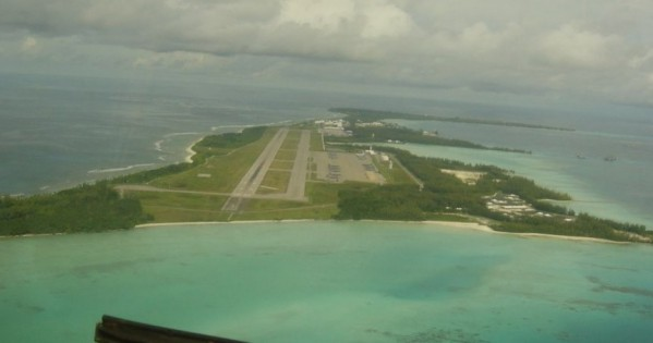 'Hijacked Flight 370 Passenger Sent Photo From Hidden iPhone Tracing Back To Secret U.S. Military Base Diego Garcia'