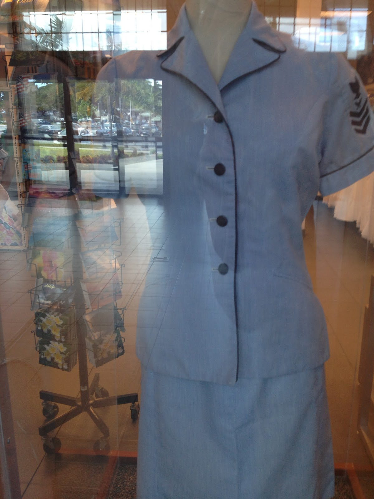 Navy Uniforms For Women 2013 To the uniforms women wore