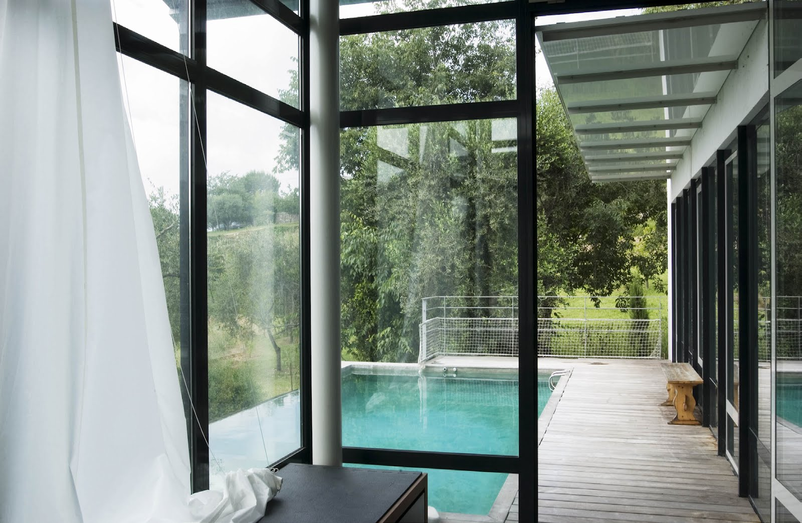 Atelier d 39 architectes pierre lorin maison contemporaine for Architecte marseille maison individuelle