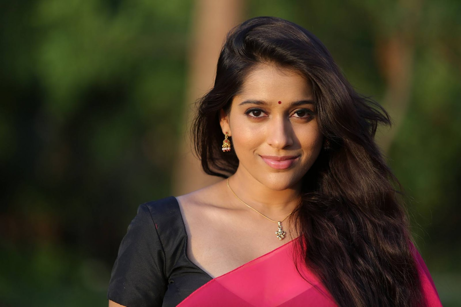 Rashmi Gautam Latest HD Stills | Guntur Talkies Movie