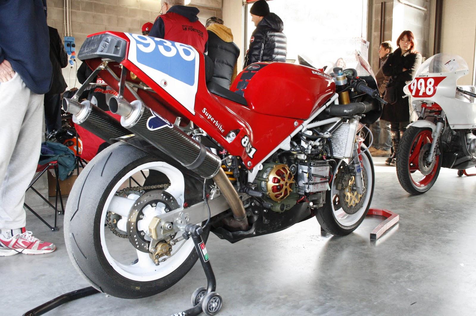 Ducati 851-888 - Page 2 Varano+191