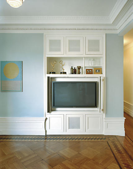 Adorable TV Cabinet to Keep Your TV in Living Room