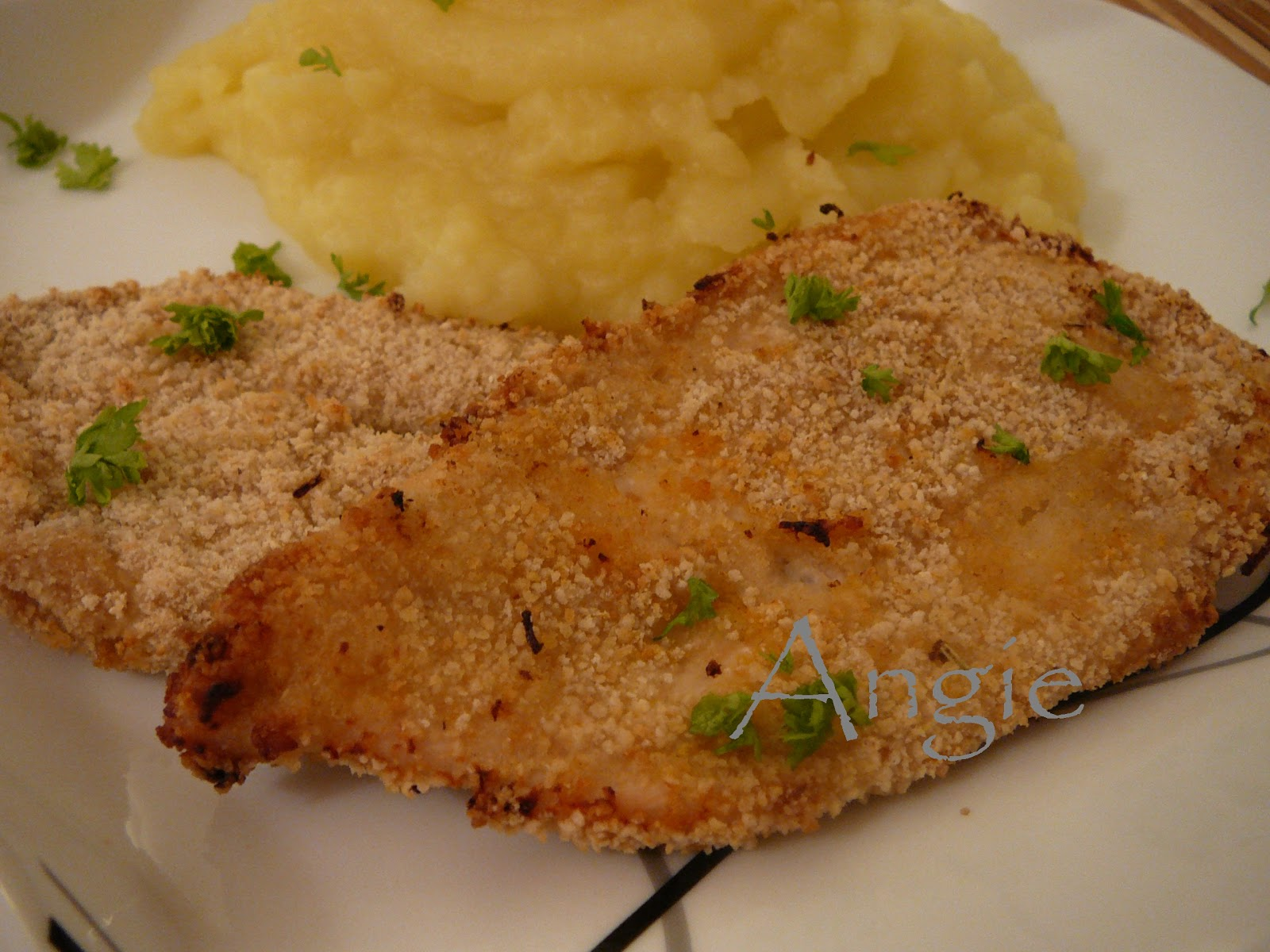 La bonne cuisine de angie piept de pui cu lamaie for La bonne cuisine