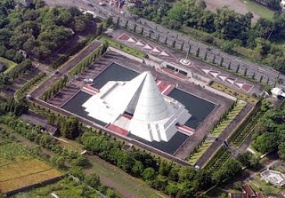 foto Monumen Jogja Kembali dari atas, foto monjali