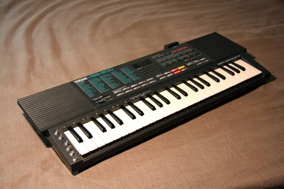 VSS-200 sampling keyboard