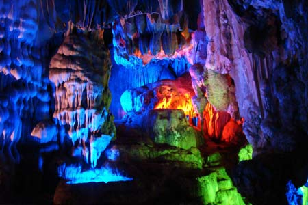 Phong Nha Cave - Động Phong Nha