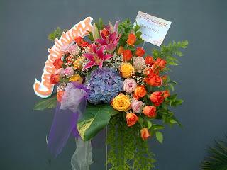 standing bunga ulang tahun untuk ke hotel bidakara, bunga ucapan selamat ulang tahun, toko bunga