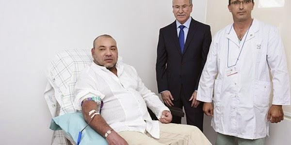 بالفيديو :  الملك محمد السادس يتبرع بالدم