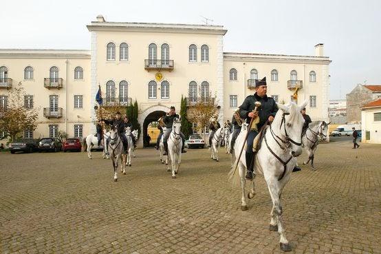 Defesa Nacional: GNR - Tem a melhor Charanga a cavalo do Mundo