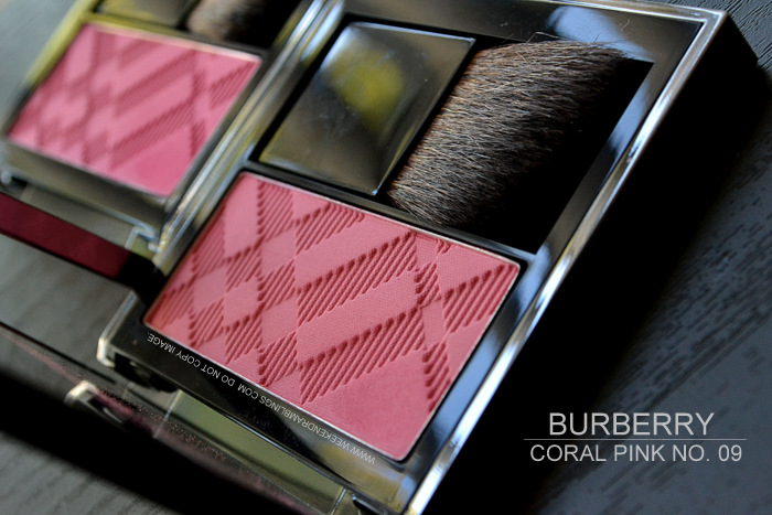 Burberry Makeup Siren Red Natural Light Glow Blush Hydrangea Pink 10 Coral Pinl 09 Indian Beauty Blog Darker Skin Swatches Reviews FOTD Looks Ingredients