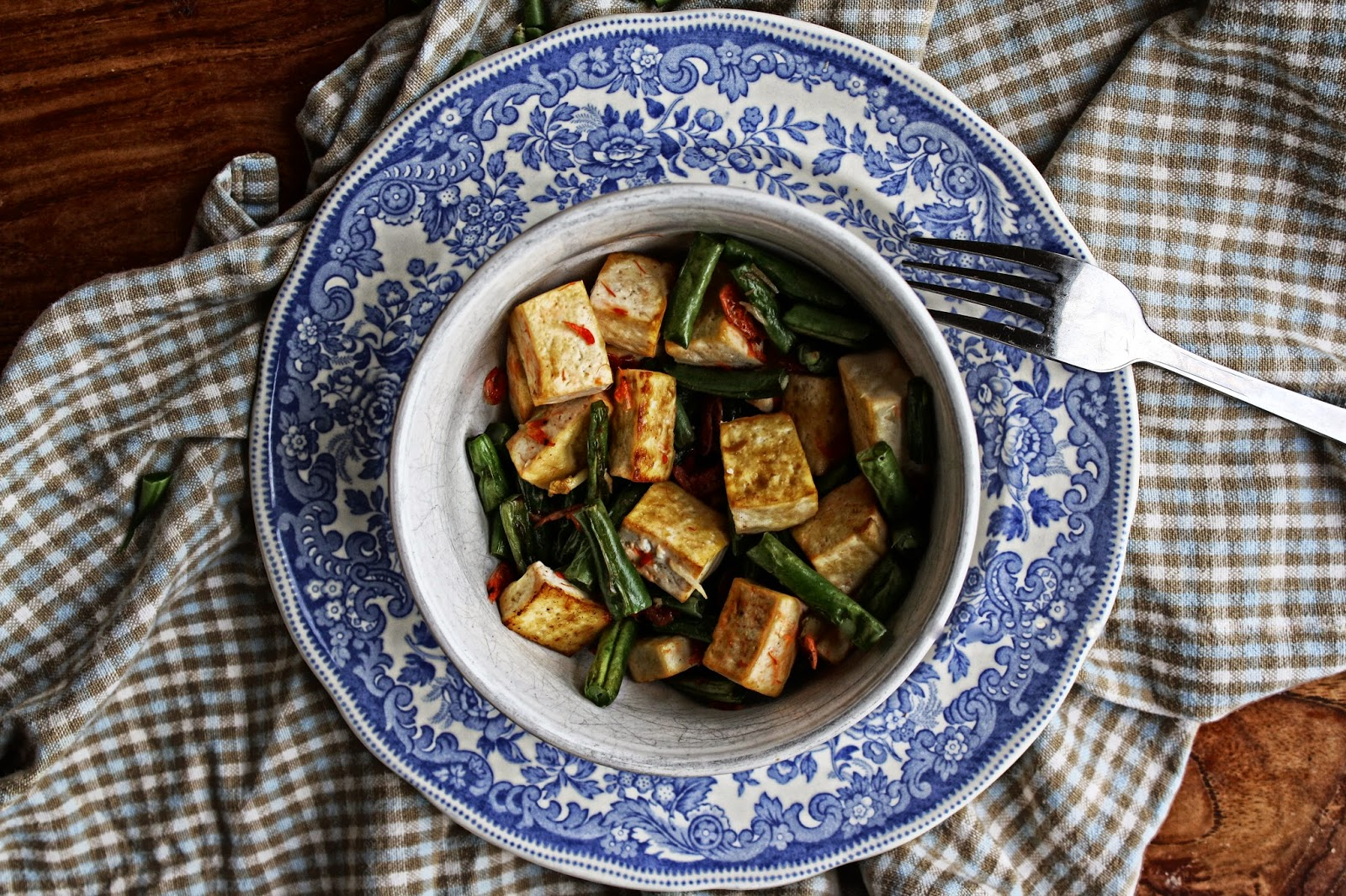 string beans and tofu stir fry bowl