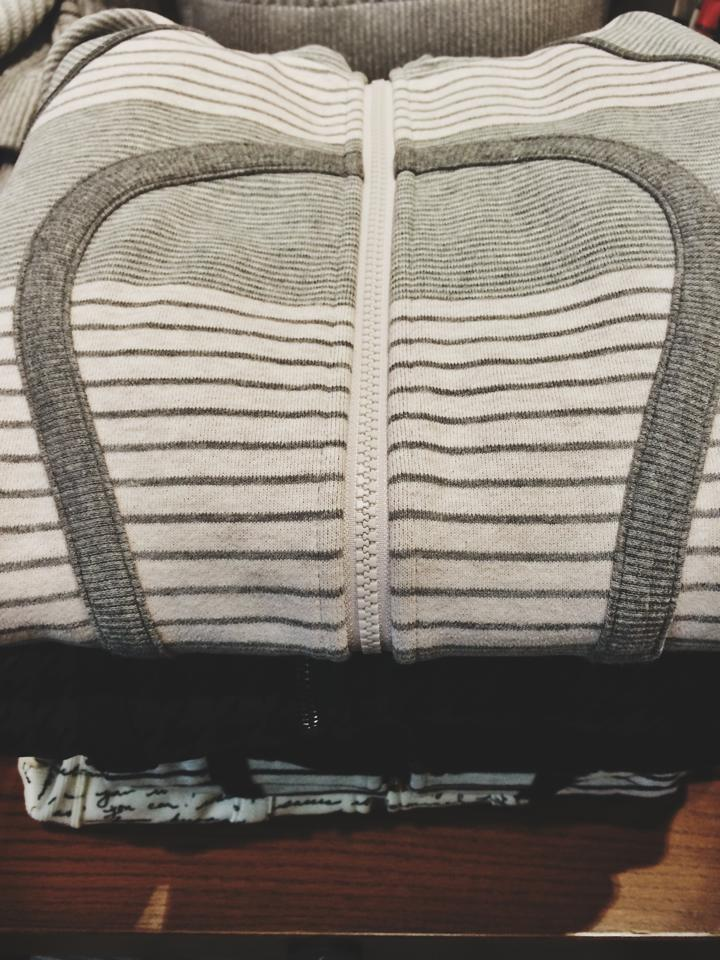 lululemon scuba gray stripe