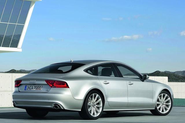 2011 Audi A7 Sportback Back Exterior