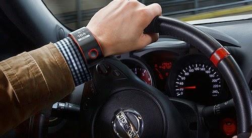 Bị phạt do sử dụng đồng hồ thông minh